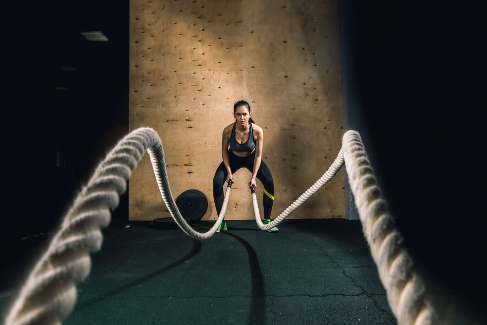Women's Fitness -Battle Ropes